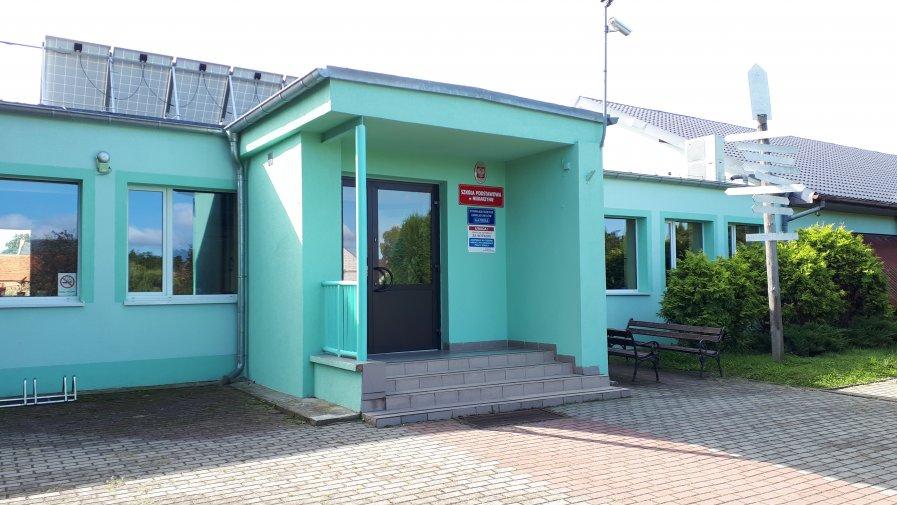 Szkoła w Radoszynie z oddziałem przedszkolnym